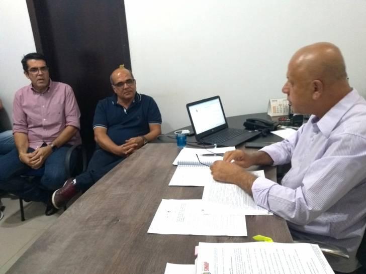 CDL participa de reunião sobre autorização para trabalhar nos feriados